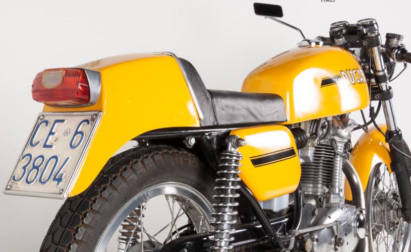 1974 Ducati Desmo 350 9