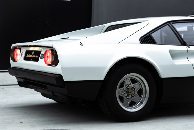 1977 Ferrari 308 GTB  5