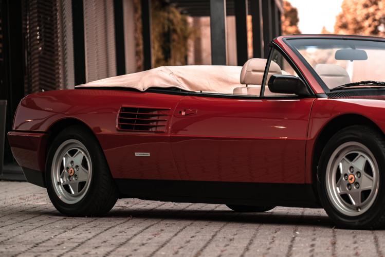 1990 Ferrari Mondial 3.4 T Cabriolet 14