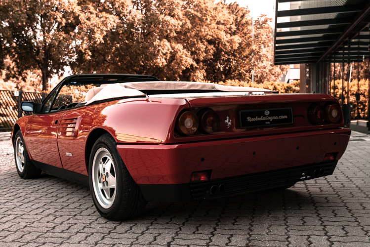 1990 Ferrari Mondial 3.4 T Cabriolet 5
