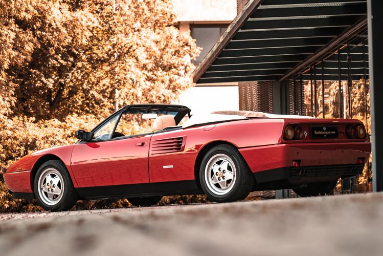 1990 Ferrari Mondial 3.4 T Cabriolet 1