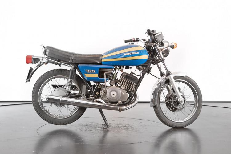 1976 Moto Guzzi 250 2C 2T 2