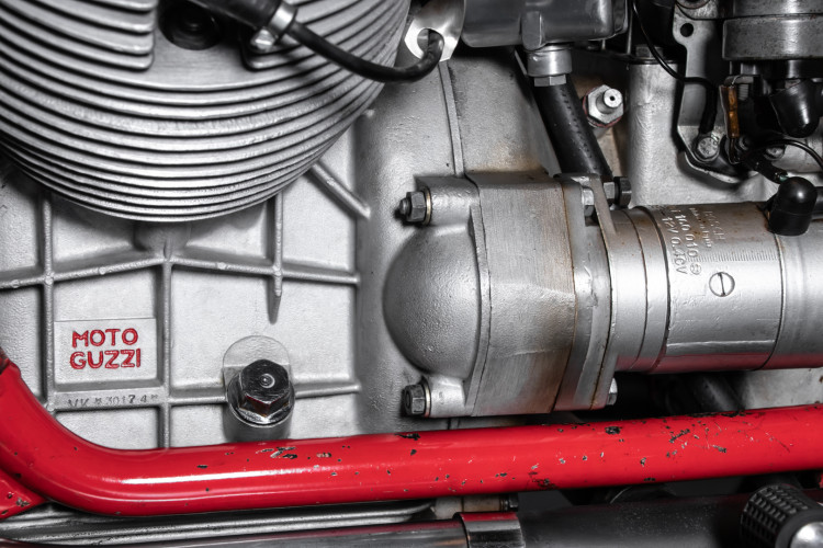 1972 Moto Guzzi V7 Sport Telaio Rosso 34