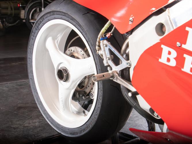 1988 Honda RC 30 DA CORSA 23