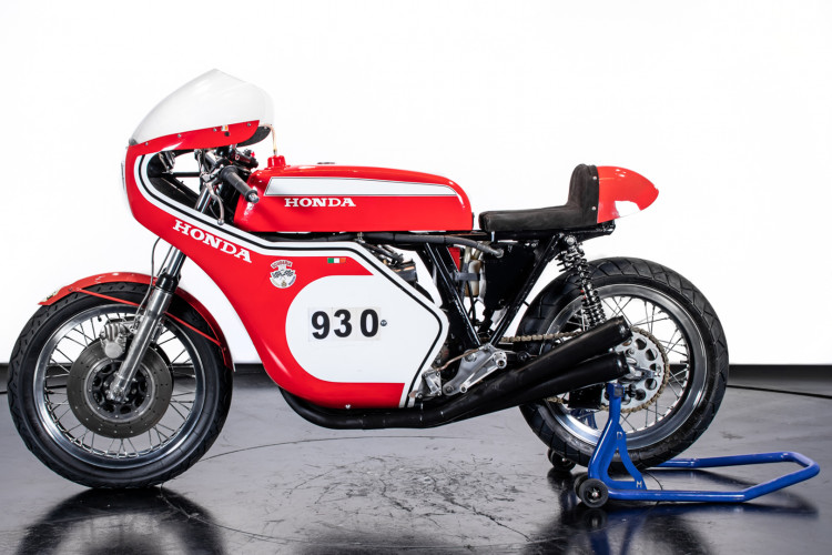 1973 Honda 750 Daytona Replica 0