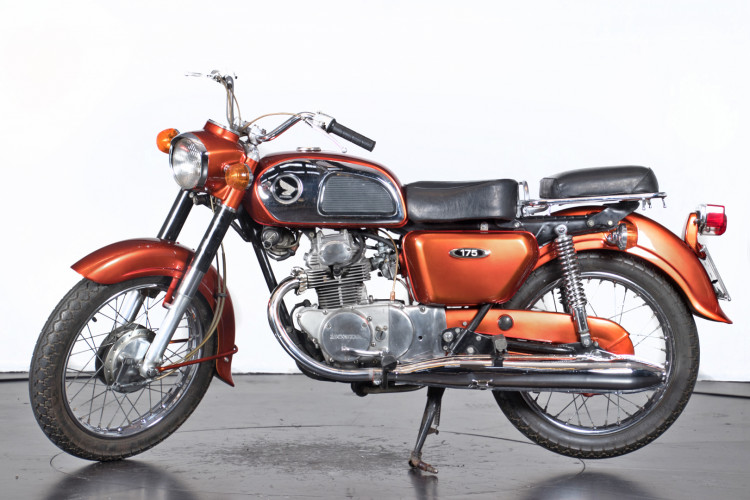 1970 Honda CD 175 0