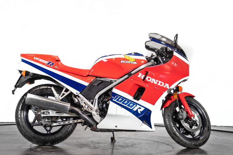 1984 Honda VF1000R 4
