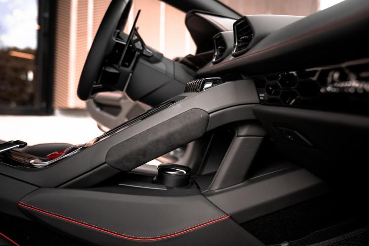 2021 Lamborghini Huracan EVO 25