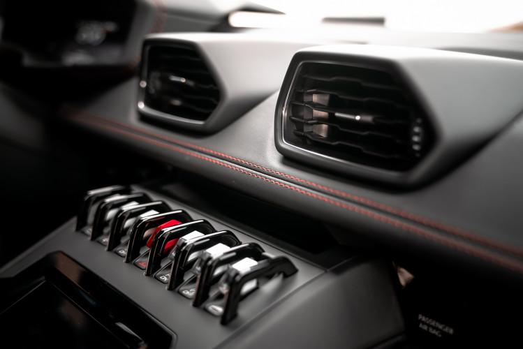 2021 Lamborghini Huracan EVO 48