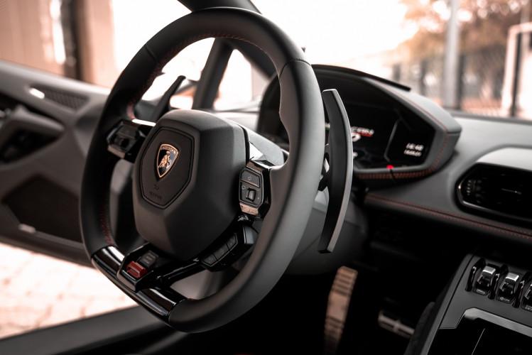 2021 Lamborghini Huracan EVO 26