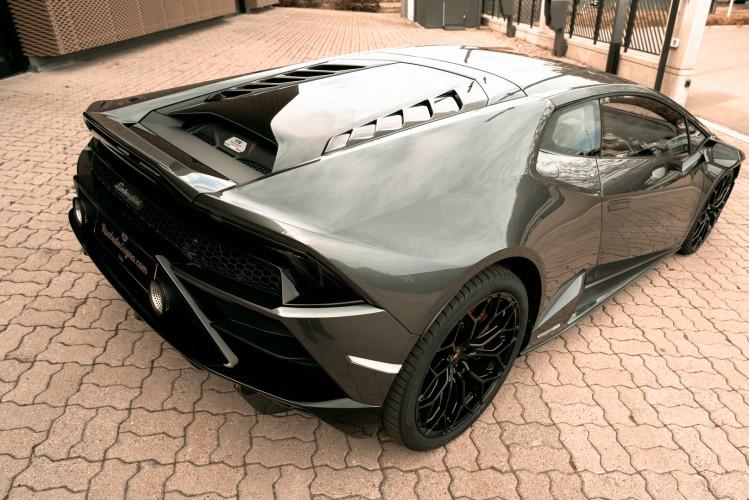 2021 Lamborghini Huracan EVO 6