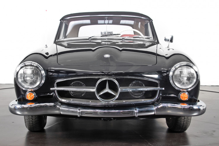 1961 Mercedes-Benz 190 SL 2