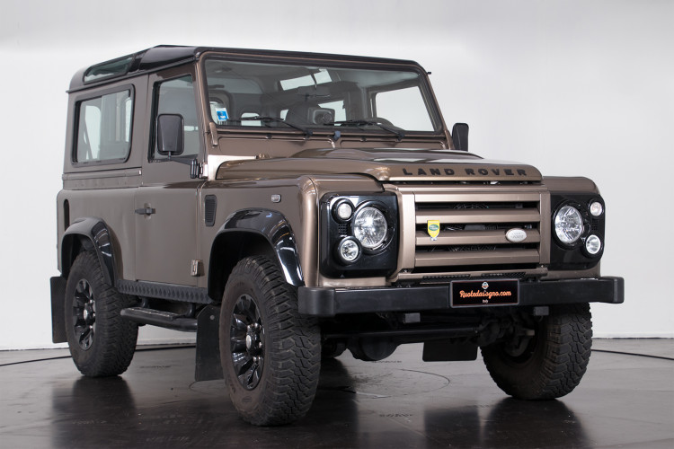 "2013 Land Rover DEFENDER ""limited edition"" 3"
