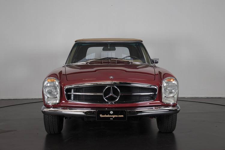 1985 Mercedes-Benz 280 SL 1