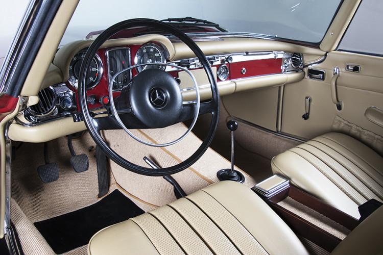 1985 Mercedes-Benz 280 SL 14