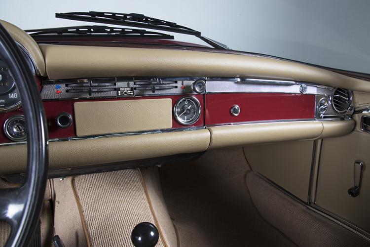1985 Mercedes-Benz 280 SL 16