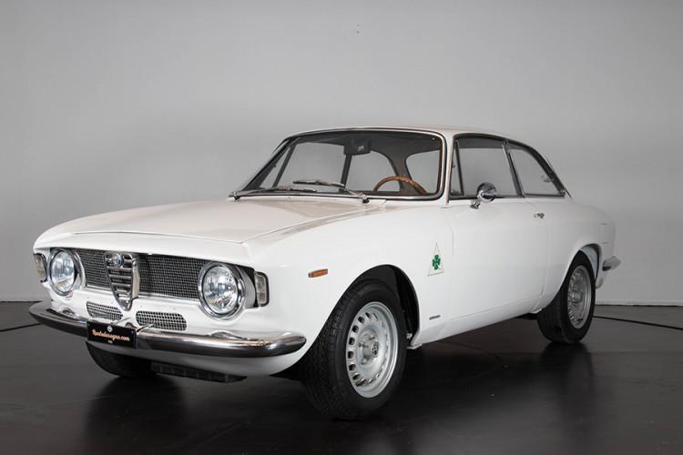 1967 Alfa Romeo GTA 1600 Stradale 0