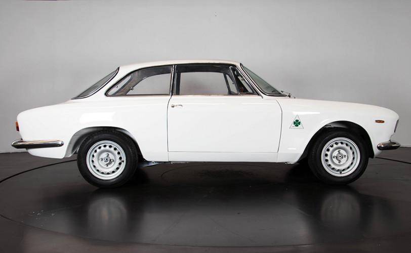 1967 Alfa Romeo GTA 1600 Stradale 6