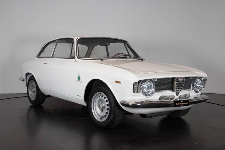 1967 Alfa Romeo GTA 1600 Stradale 4