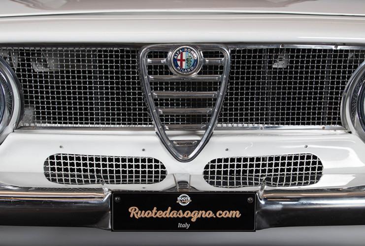 1967 Alfa Romeo GTA 1600 Stradale 2