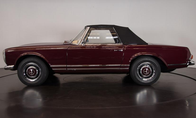 1963 Mercedes-Benz 230 SL 9