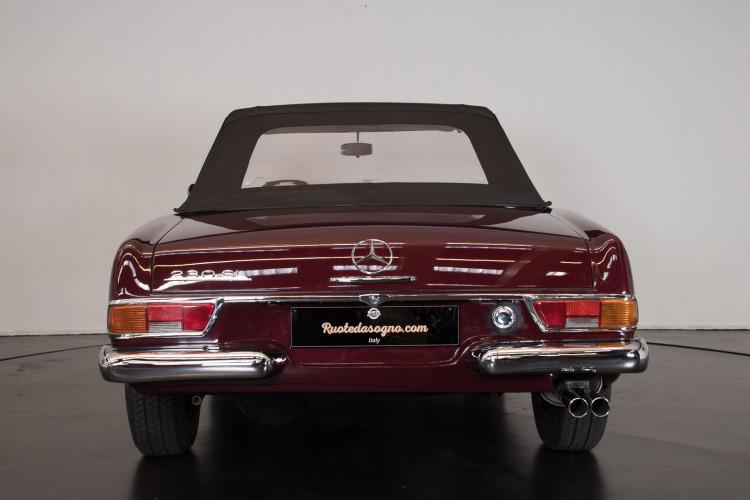 1963 Mercedes-Benz 230 SL 7