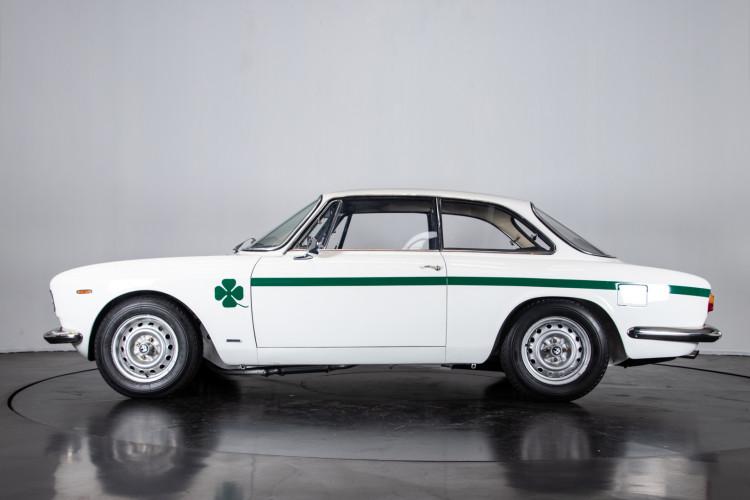 1969 Alfa Romeo GTA 1300 Junior 1