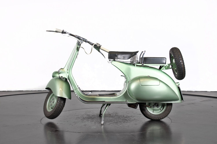 1952 Piaggio Vespa 125 0