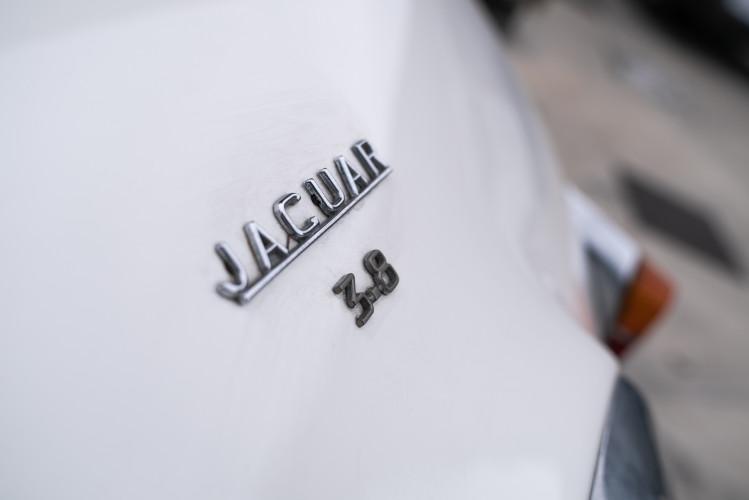 1962 JAGUAR MK2 3.8 10
