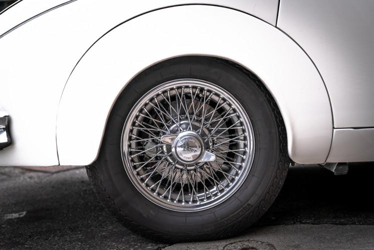 1962 JAGUAR MK2 3.8 25