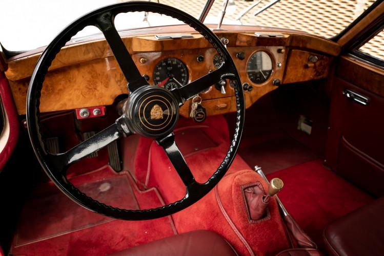 1955 Jaguar XK140 FHC SE 25