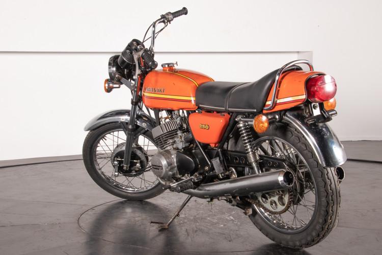 1972 Kawasaki 250 18