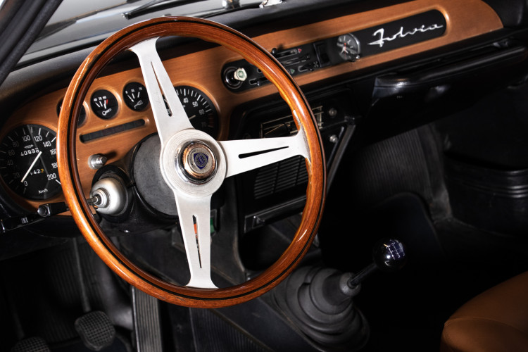 1971 Lancia Fulvia Sport Zagato 12