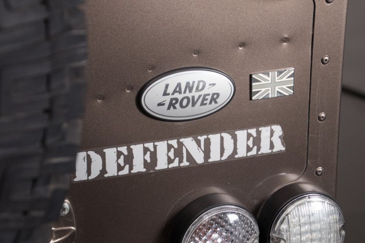 "2013 Land Rover DEFENDER ""limited edition"" 6"