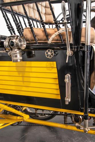 1900 Locomobile Runabout 11
