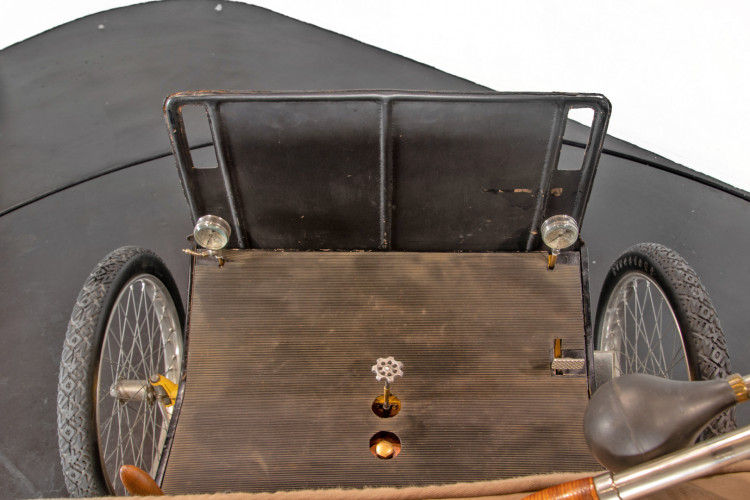 1900 Locomobile Runabout 21
