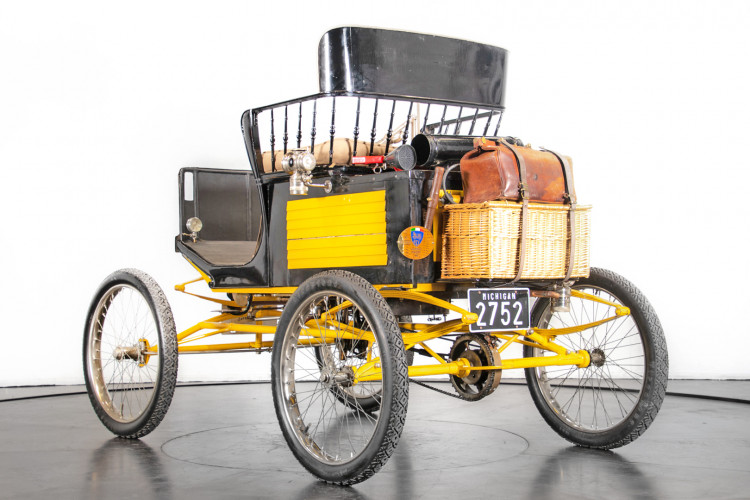 1900 Locomobile Runabout 6