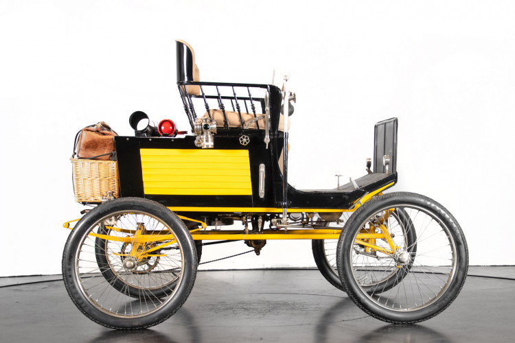 1900 Locomobile Runabout 3