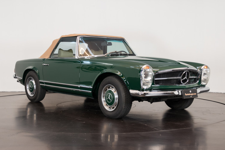 1970 Mercedes-Benz 280 SL 2