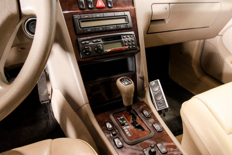 1998 Mercedes-Benz C240 SW 29