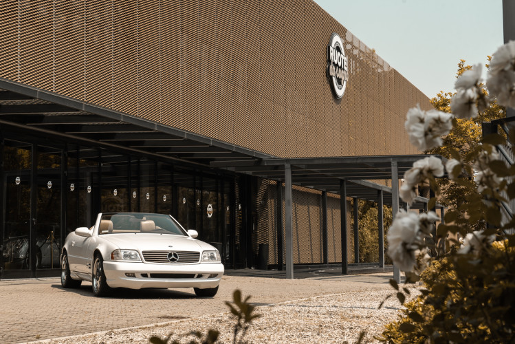2000 Mercedes-Benz SL500 4