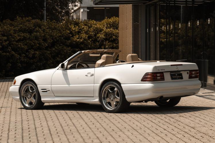 2000 Mercedes-Benz SL500 10