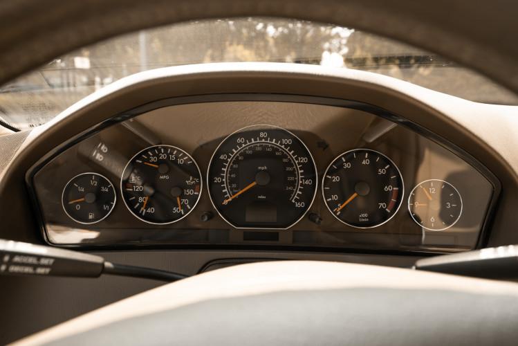 2000 Mercedes-Benz SL500 30