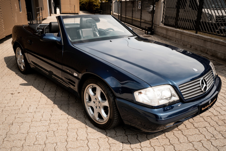 2000 Mercedes Benz SL500 SL Edition 0