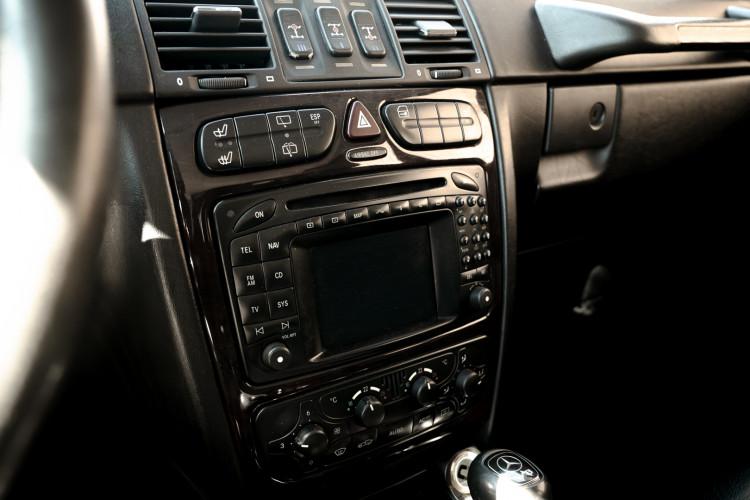 2003 Mercedes-Benz G400 V8 CDI 24