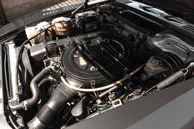 1989 Mercedes-Benz SL 300  29