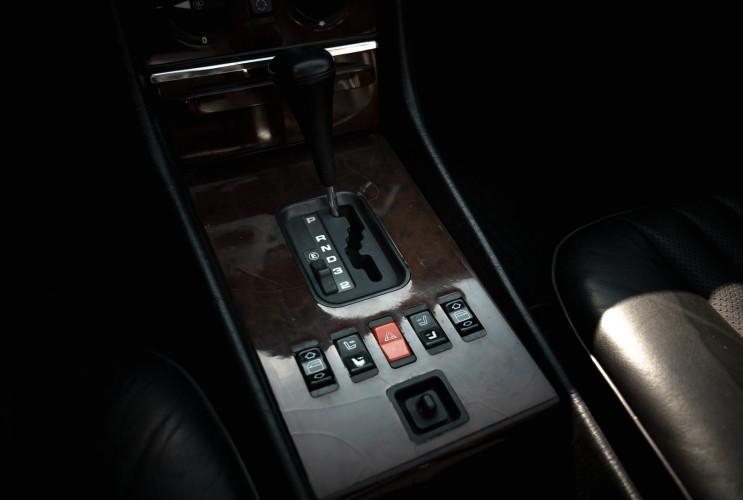 1989 Mercedes-Benz SL 300  22