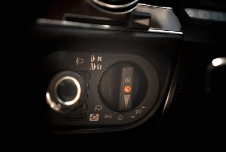 1989 Mercedes-Benz SL 300  24