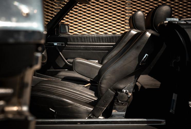 1989 Mercedes-Benz SL 300  12