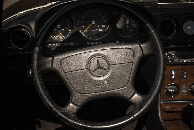 1989 Mercedes-Benz SL 300  15